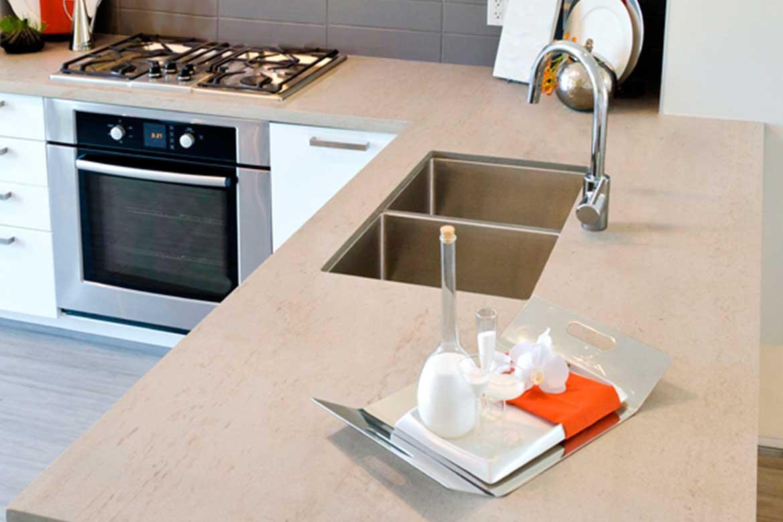 Beige Küchenarbeitsplatte von Valente