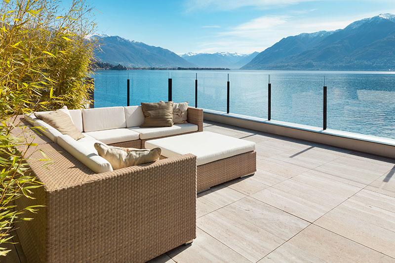 Individuelle Terrassenplatten aus Stein